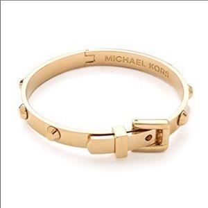 NWOT Michael Kors Gold Buckle Bracelet